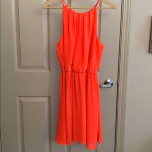 Sleeveless Orange Dress 🍊